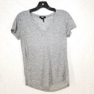 B43 Paige Light Gray Short Sleeve Tee Shirt Sz S